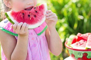 10 dicas de alimentação infantil para a criança aprender melhor