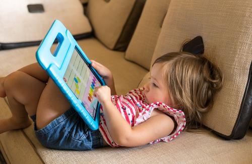 Eletrônicos na infância: como apresentar atividades estimulantes sem recorrer a eles?