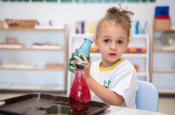 Crianças são pequenos cientistas