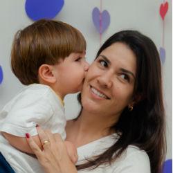 Letícia Coelho, mãe do João